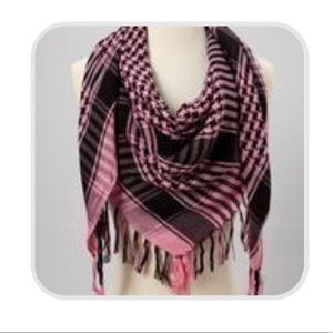 Accessories - Checkered Houndstooth Square Scarf with Tassels